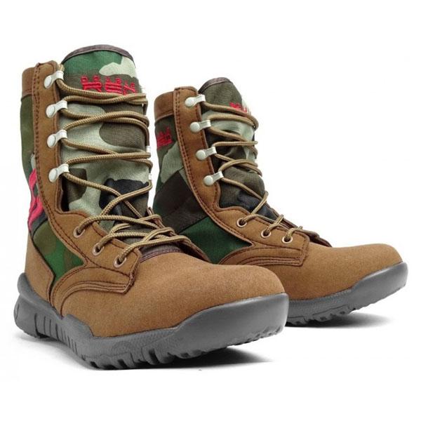 66c013a86e87 pozerá 5 návštevníkov DoubleRed Topánky Camo Boots Code zväčšiť obrázok
